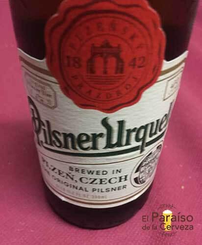 Pilsner Urquel cerveza republica checa botellin El paraiso de la cerveza