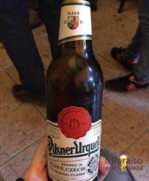 Pilsner Urquel cerveza republica checa botellin completa El paraiso de la cerveza