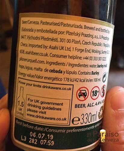 Pilsner Urquel cerveza republica checa botellin trasera etiqueta El paraiso de la cerveza