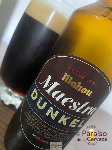 La cerveza Mahou Maestra Dunkel negra